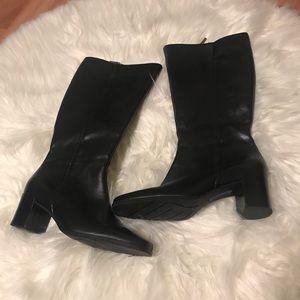 Easy Spirit Women's Black Boots